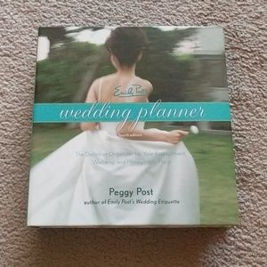 Emily Post's Wedding Planner Fourth Edition